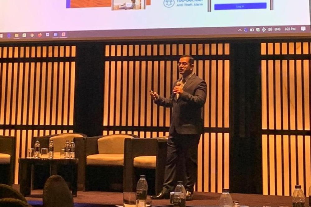 ANKER Innovations participates at the 5th IoT Middle East 2020 through Eufy Security  Dubai, UAE: Anker Innovations DMCC, through its brand eufy Security shared insights on the latest home and security solutions at the 5th Internet of Things 2020 in Armani Hotel Dubai. The cross-industry C-level conference brings together forward-thinking experts sharing insights on business, technology and organizational transformation to leverage new business and develop new eco-systems. Faraz Mehdi, Regional Sales Head at Anker Innovations MEA addressed the audience on how connected devices today are functional for everyday use and why security, privacy and safety can be attained with reliable devices giving peace of mind to businesses and individuals. He highlighted innovations that help the area of security and how this can be enhanced with new technology safely in the region. Anker Innovations had a presence at the exhibition area to showcase eufy smart home Security and addressed questions from the audience on new age connected and functional devices as well as unique and innovative consumer products in smart home appliances.