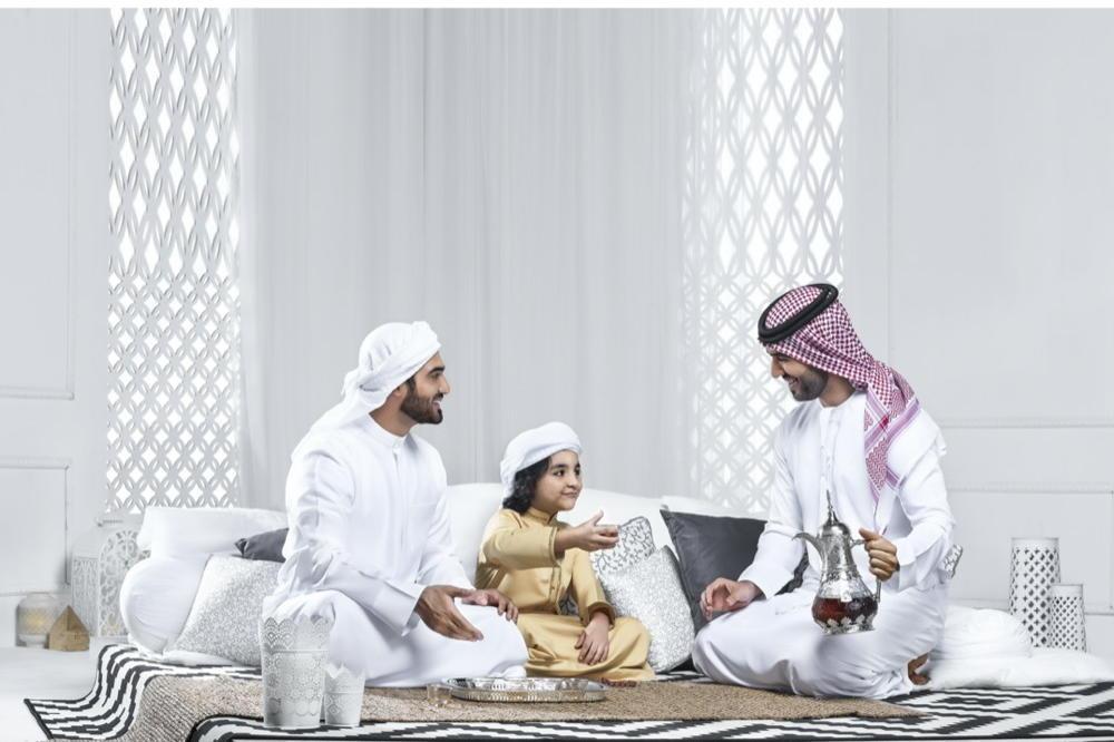 TELAL LANDS WITH UAE'S FIRST WATERPROOF KANDOORA!